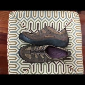 Clark's Privo Walking Shoes